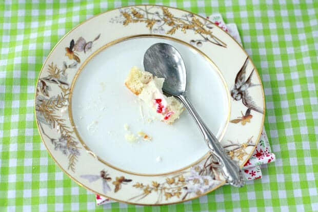 Cake with raspberries and mousseline cream recipe