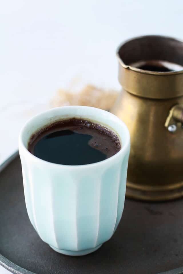 How to make Turkish coffee on the stovetop with a kanaka