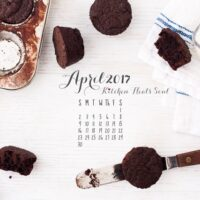 April 2017 desktop calendar