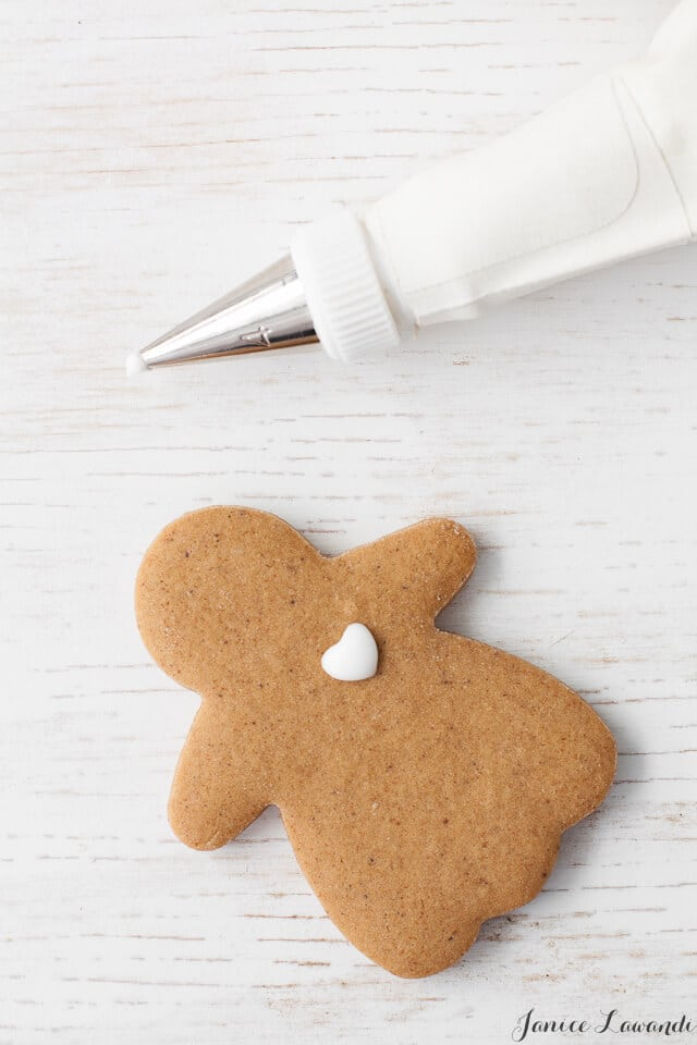 Decorated gingerbread people--