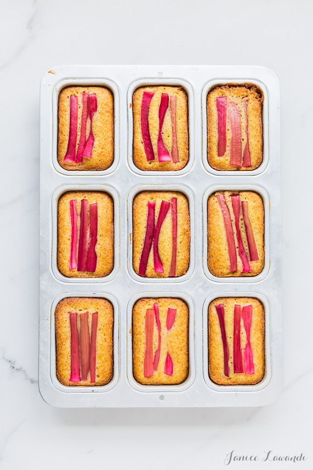 Baked orange rhubarb cakes with cornmeal