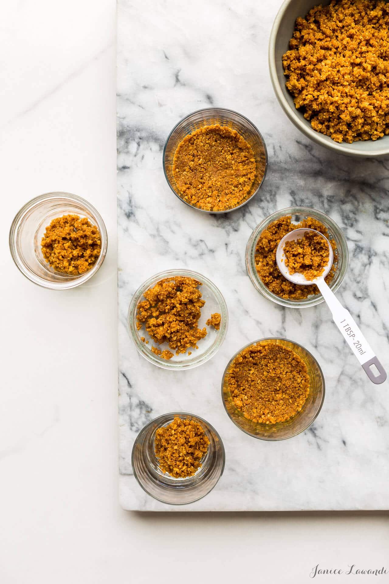 Easy no-bake graham cracker crumb crust that makes a great base for no bake cheesecakes and chocolate pots de crème