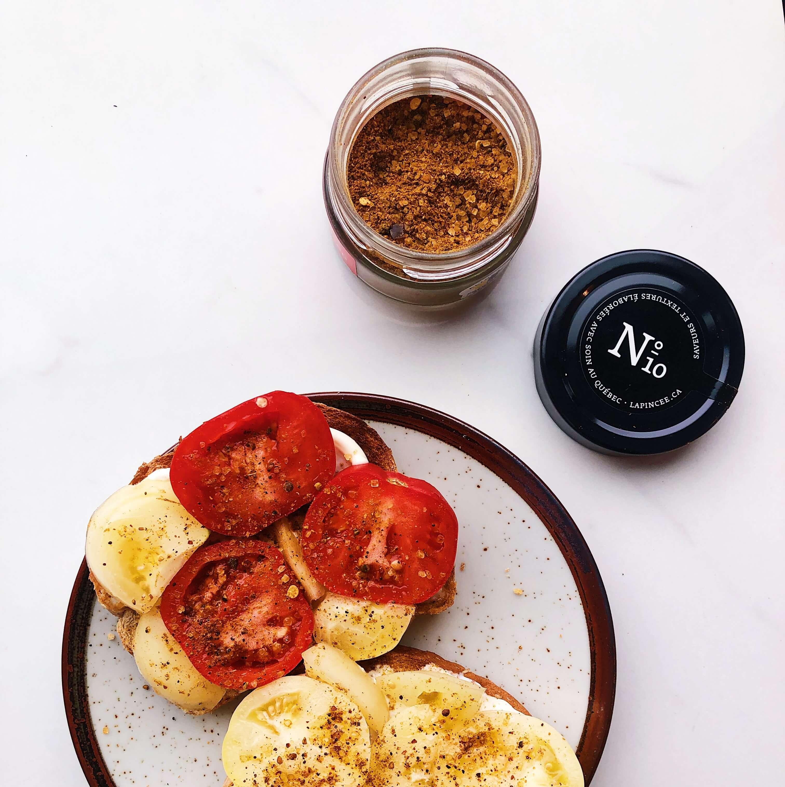 Tomato on toast with fancy salt from La Pincée
