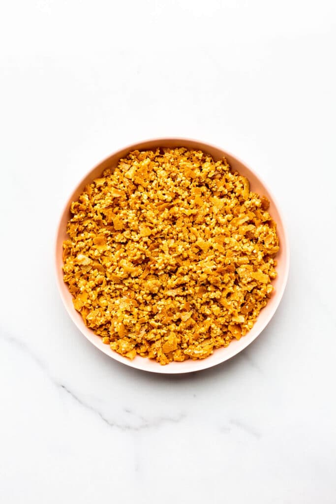Peanut crunch topping for layer cakes and sundaes.